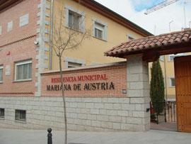 RESIDENCIA MARIANA DE AUSTRIA - FACHADA