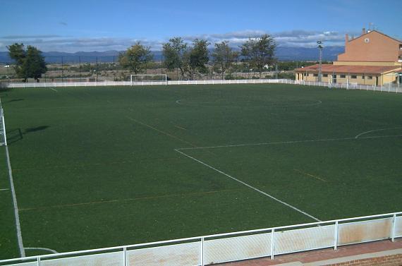 Campo de f tbol los manzanos navalcarnero deportes for Piscina municipal navalcarnero