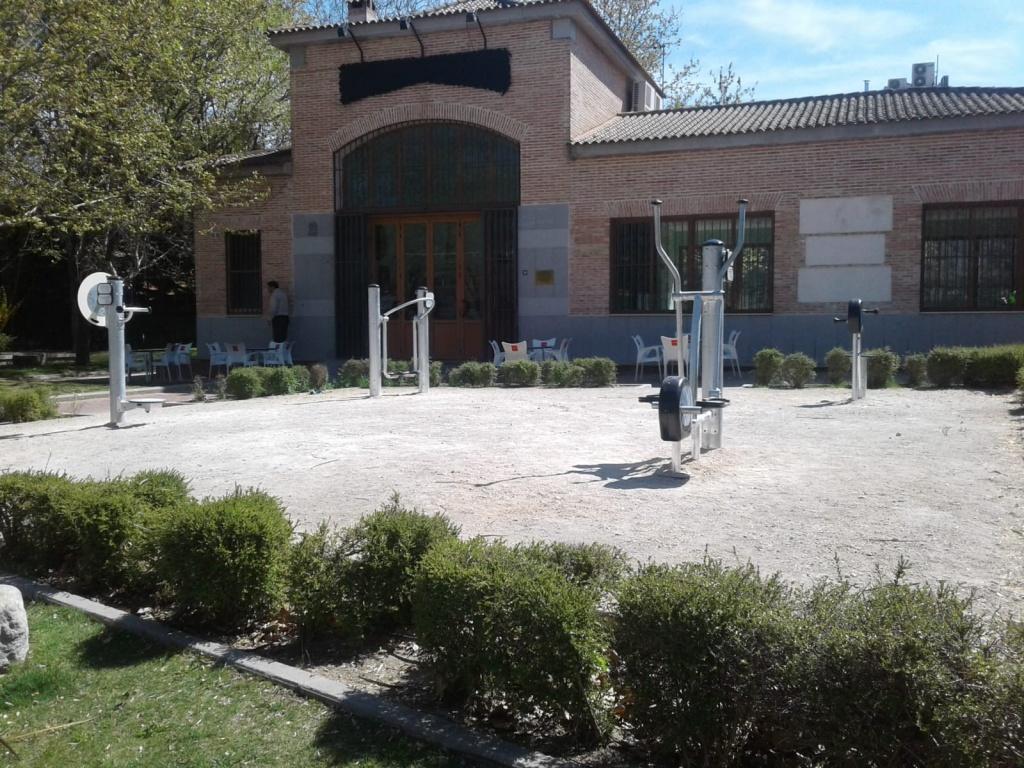 ZONA BIOSALUDABLE PARQUE DE LOS CHARCONES
